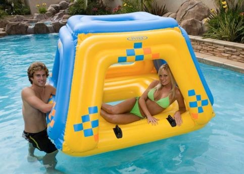 Intex Drijffort Floating Fortress Lounge