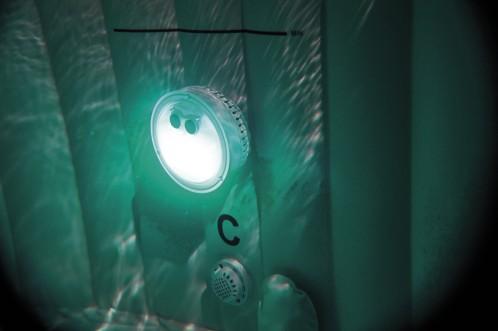 Intex Meerkleurig Led Licht op batterij voor de Bubbel Spa
